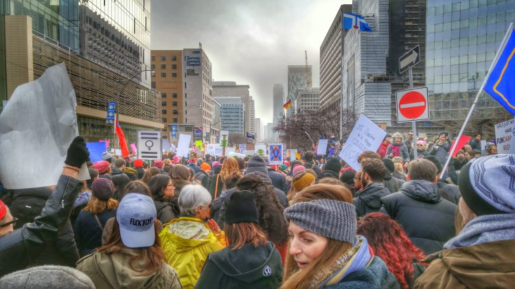 Women's March Toronto University Avenue